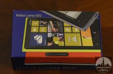 Lumia 920 staklo naprslo - Beograd