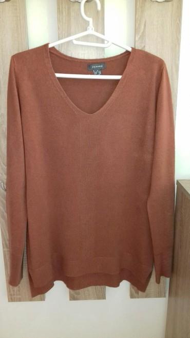 PRIMARK savrsena bluza,kao nova. Prelepa,mekana,topla. Bez mana - Smederevo