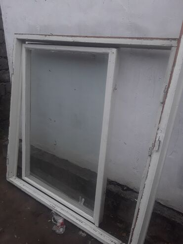 Продаю двери окна.105 серии.В ттличном состоянии.все вместе 4500.сом