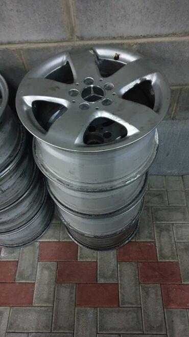 Mercedes-benz R16