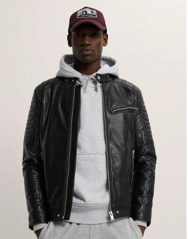Kişi Geyimləri - Azərbaycan: Zara куртка в байкерском стиле. Воротник-стойка, длинные рукава. Манже