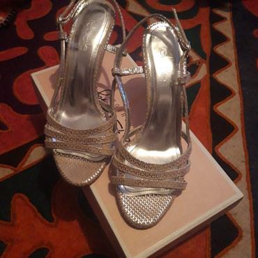 baletki 36 37 razmer в Кыргызстан: Продаю босоножки новые, кожаные, брала в Лионе на распродаже. (размер
