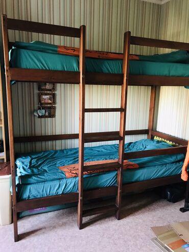 СРОЧНО!!!!Кровать двуспальная,подростковая.Натуральное дерево.делали