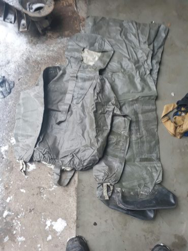 Хим-защита Состояние : новое ! Комплект : штаны и куртка в Бишкек