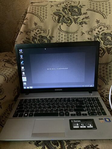 Продам ноутбук в очень отличном состоянии! Новая батарея, держит 2,5 ч