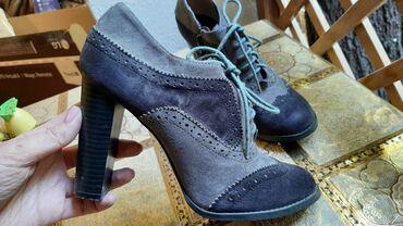 Туфли - Бишкек: Продаю женские туфли и ботильоны в хорошем состоянии (каждые надевала