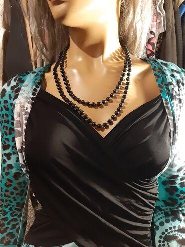 Divna haljina od mokre likre i elastina s vel