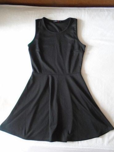 Fishbone crna haljina za svaki dan, praktična i prijatna, očuvana. - Belgrade