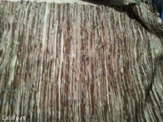 Prodaje se sraza rucno tkana dimenzije 0. 56 x 1. 50 cm - Crvenka