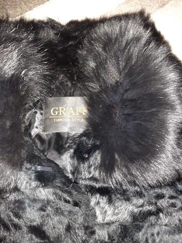 Женская одежда в Боконбаево: Шуба кролик модный размер 42,44 отдам за 1600 сом!сама покупала 5000