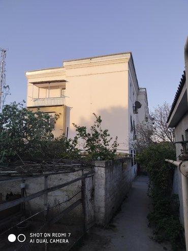 2 mərtəbəli uşaq kravatları в Азербайджан: Продается квартира: 2 комнаты, 55 кв. м