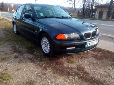 BMW 318 2000   243000 km