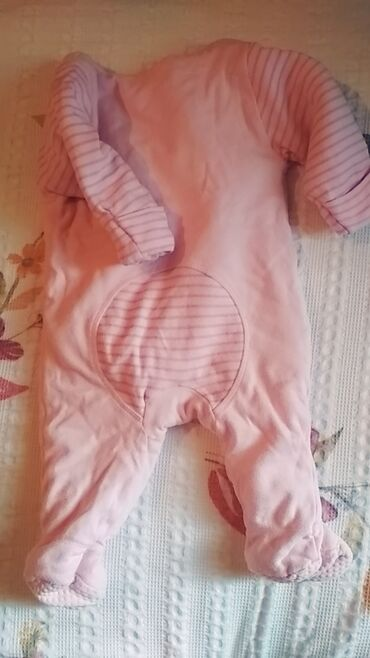 baby care в Кыргызстан: Комбинезон двухсторонний размер до 6месяца состояние отличное можно