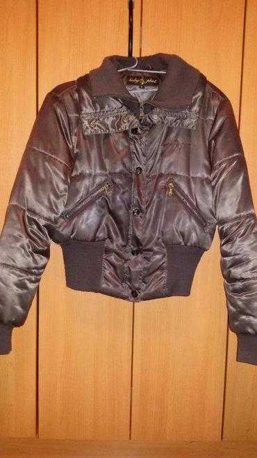 Prelepa jakna velicine l placena je bila 5000 din prodajem je za 1800 - Kraljevo