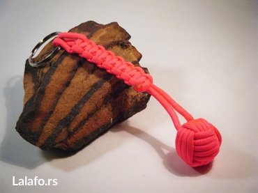 Paracord monkey privezak za prezivljavanje  crveni precnik loptice - Bela Crkva