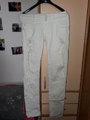 Bele siroke pantalone - Srbija: Bele pantalone. Malo nosene. Velicina 28. Beli teksas