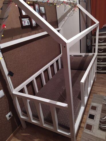 Детская кроватка без матраса, размер 160*70