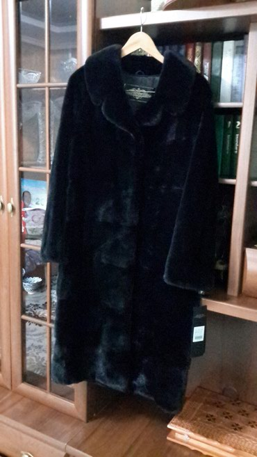 Шубы - Сокулук: Продаю новую норковую шубу, цвет Блек лама,мех шикарный