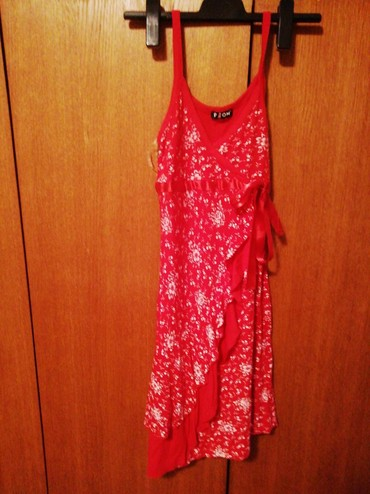 Crvena haljina vel m - Belgrade