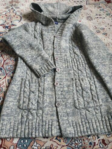 джемперы в Кыргызстан: Продается: Женск.теплый джемпер CAP, размер 42-44, цена 550 с