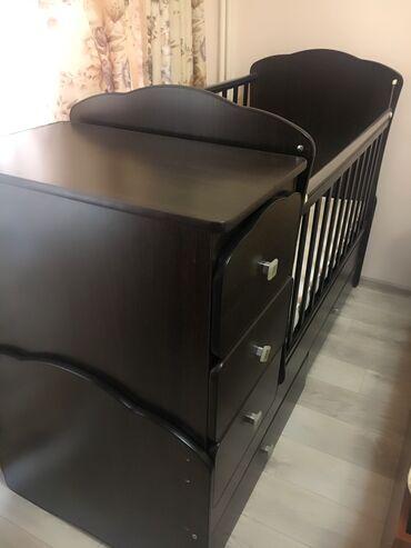Продаётся кровать трансформер, б/у. В отличном состоянии. 6500 сом.В