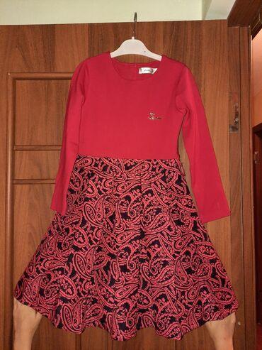 Детская одежда и обувь - Кыргызстан: Продаю платье на девочку 8-10 лет. Хорошее состояние