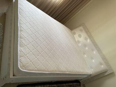 продам мебель бу in Кыргызстан | МЕБЕЛЬНЫЕ ГАРНИТУРЫ: Продаю Мебель совершенно новый. Двухспальная кровать, дамский столик с
