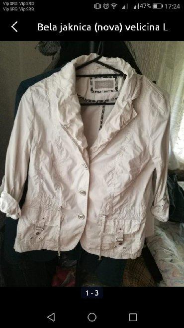 Nova prolecna jaknica velicina M/L