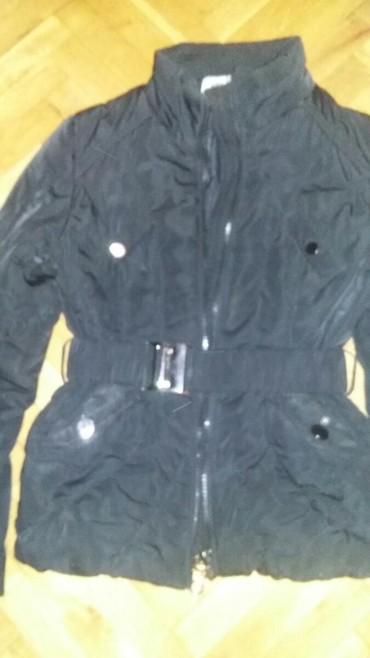 Zimska jakna,velicine m,nosena ali bez ostecenja,veoma dobro stoji. - Vranje