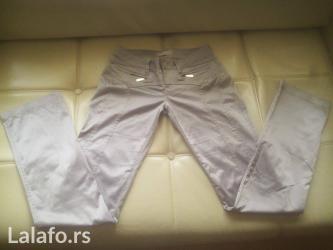 Super sive pantalone r. Marks. U sastavu imaju 4% elastina. Velicina - Zrenjanin
