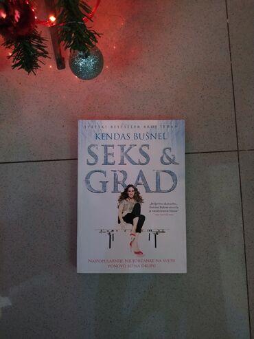 Na prodaju odlično očuvana knjiga Seks i grad, mek povez.  **Cena knji