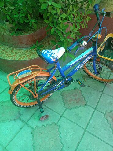 Спорт и хобби - Каракол: Продается детский велосипед в городе Каракол в хорошем состоянии