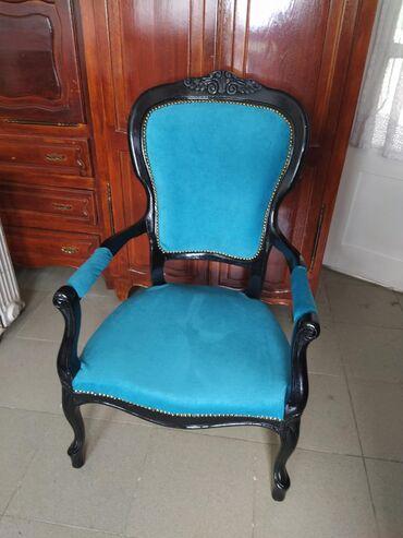 Dve stilske fotelje potpuno restaurirane U ponudi