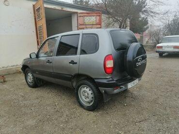 19 elan   NƏQLIYYAT: Chevrolet Niva 1.7 l. 2005   75000 km