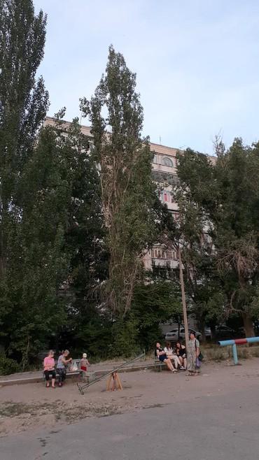 аренда квартир в бишкеке район восток 5 в Кыргызстан: Сдается квартира: 3 комнаты, 30 кв. м, Бишкек