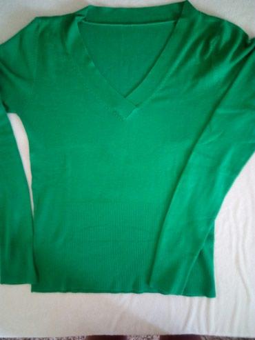 Zelena bluzica malo nošena.Veličina univerzalna. - Cacak