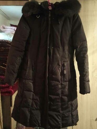 Куртка в отличном состоянии. Торг уместен