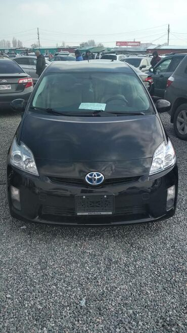 Toyota Prius 1.8 л. 2011 | 123000 км