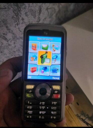 fly tornado slim - Azərbaycan: Hec bir problemi yoxdu isteyir telefon mikro kartda gedir