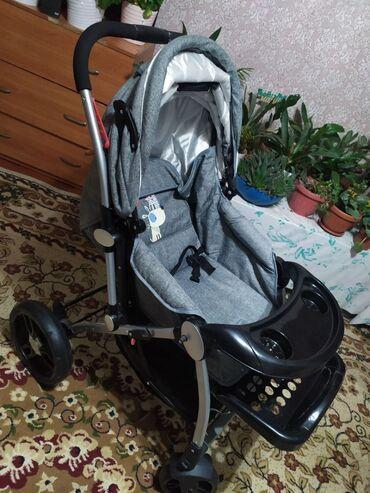 Детский мир - Кок-Ой: Продаётся коляска обсалютно новая пользовались 2 3 раза. На улицу с