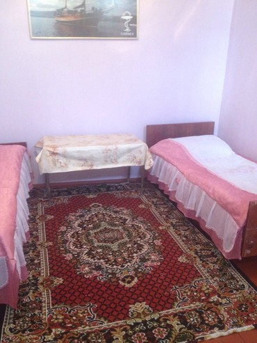 otaq - Azərbaycan: Kiraye ev verilir bir otaq . Ev sahibi ile bir heyetde 20 ci sahede