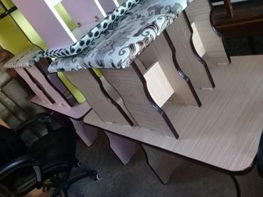 Кухонная стол с 4 табуретками цена 2500т в Бишкек