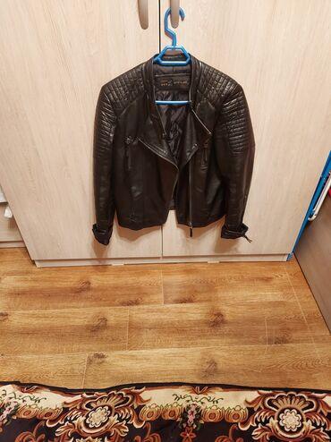 Кожаная косуха куртка.Размер 44до 48. Состояние идеальное. Носили 3-4