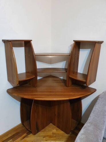 Компьютерный стол из массива ореха   Размер: 1000х1000х1500