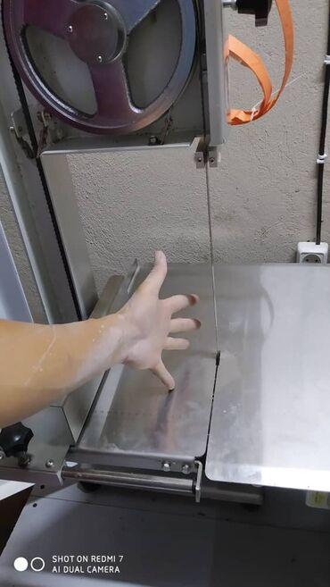 mazda 626 ge двигатель в Ак-Джол: Мясоразделочный нож промышленный. И холодильник витринный для мясо