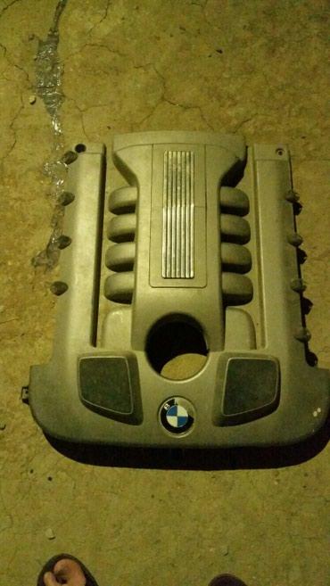 Bakı şəhərində BMW 4.0 cdi (dizel) motor qapağı