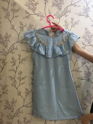 синее платье большого размера в Кыргызстан: Платье коктейльное! Состояние идеальное! Камни сваровски ! Размер 36
