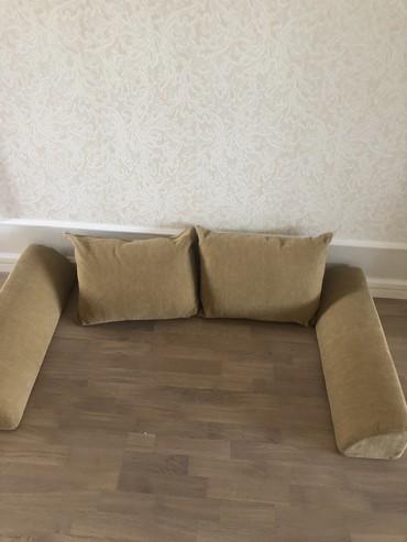 вязанные наволочки на диванные подушки в Кыргызстан: Новые! Подушки и бортики( прдлокотники) на диван, софу, очень удобны