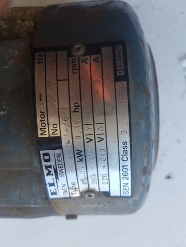 Trofazni el.motor sa stopama 380V 0,25kW 880 o/min - Priboj