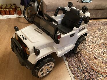 Электрические машинки Электромобиль JEEP Для детей от 3-13 лет В идеал